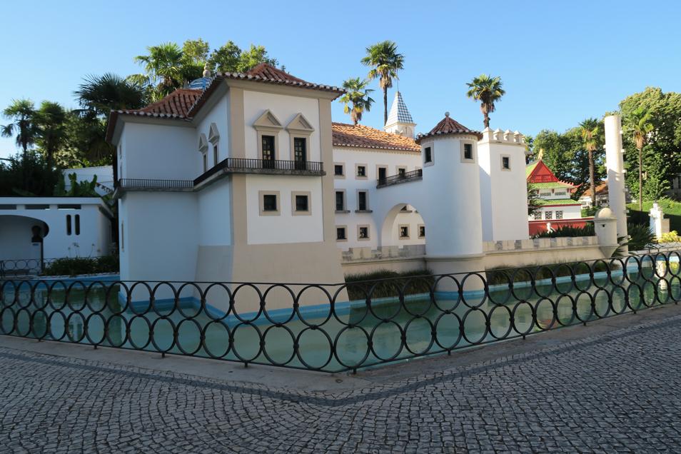 Le smonuments célèbres du Portugal en miniatures à Coimbra