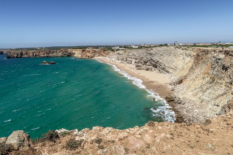 Plage Beliche à Sagres, le spot prisé des surfeurs