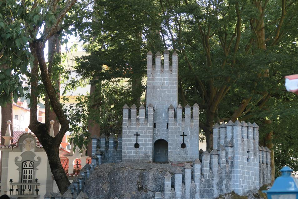 Monument dos Pequenitos à Coimbra